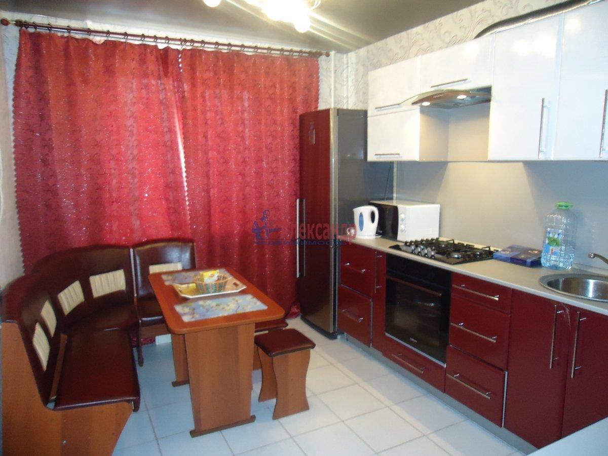 3-комнатная квартира (80м2) в аренду по адресу Ушинского ул., 2— фото 1 из 2
