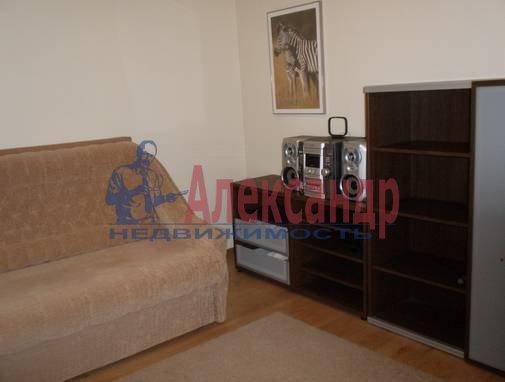 3-комнатная квартира (90м2) в аренду по адресу Невский пр.— фото 3 из 13
