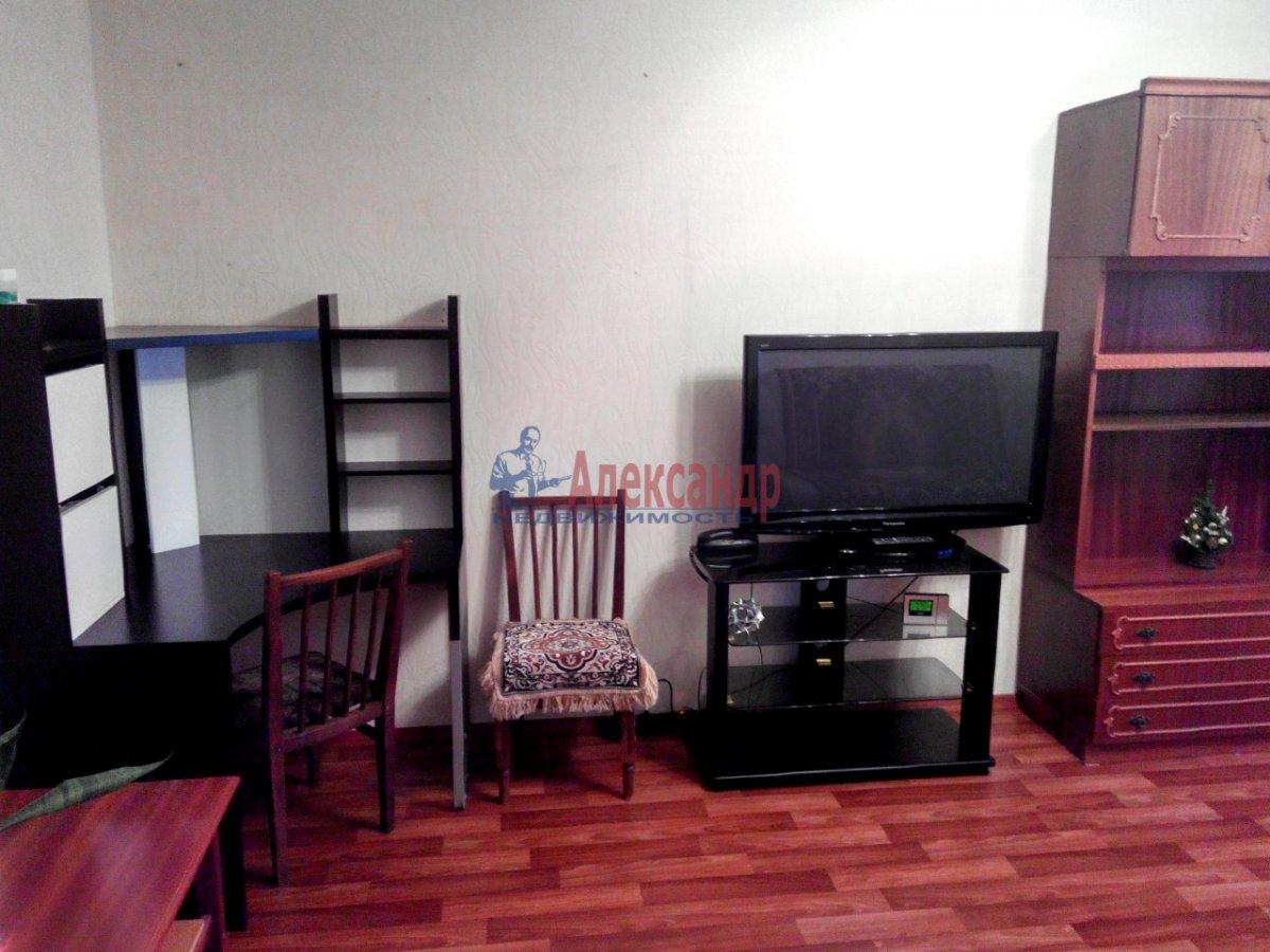 1-комнатная квартира (35м2) в аренду по адресу Парашютная ул., 54— фото 3 из 4