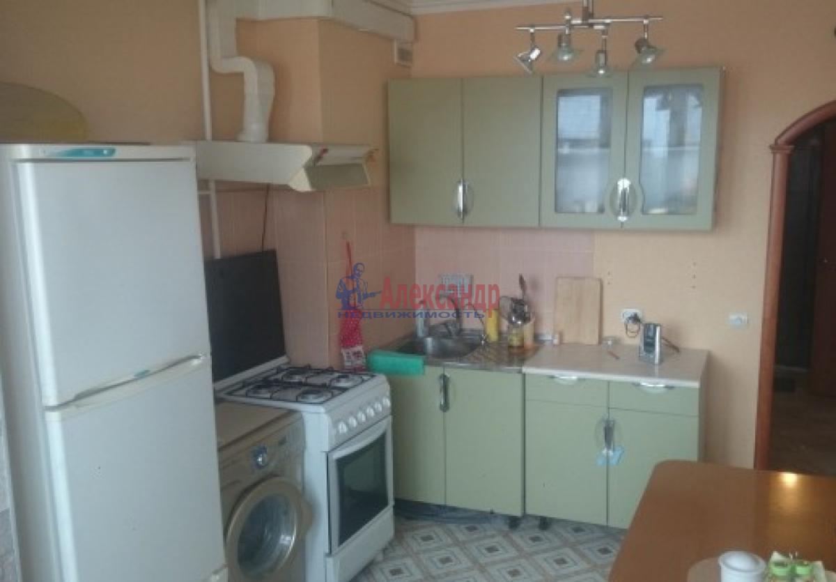 1-комнатная квартира (36м2) в аренду по адресу Авиационная ул., 28— фото 2 из 5