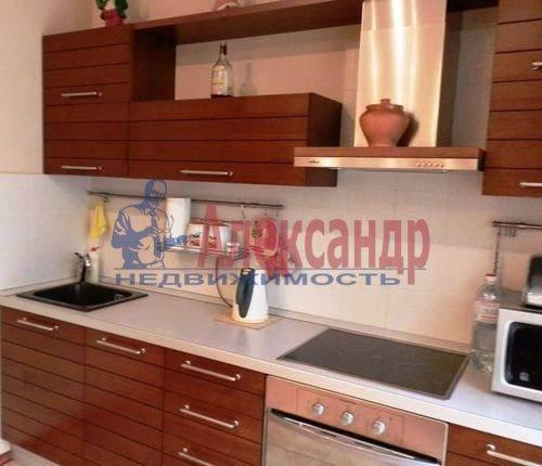 1-комнатная квартира (43м2) в аренду по адресу Шелгунова ул., 7— фото 1 из 4