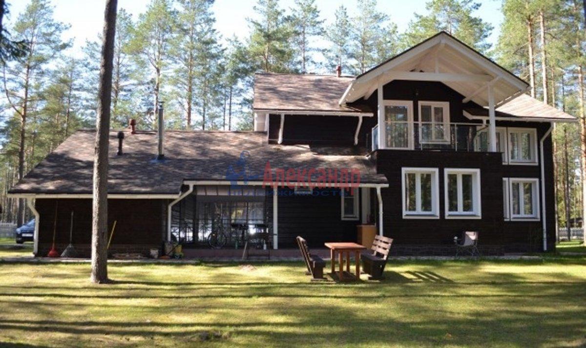 Дом (250м2) в аренду — фото 2 из 7