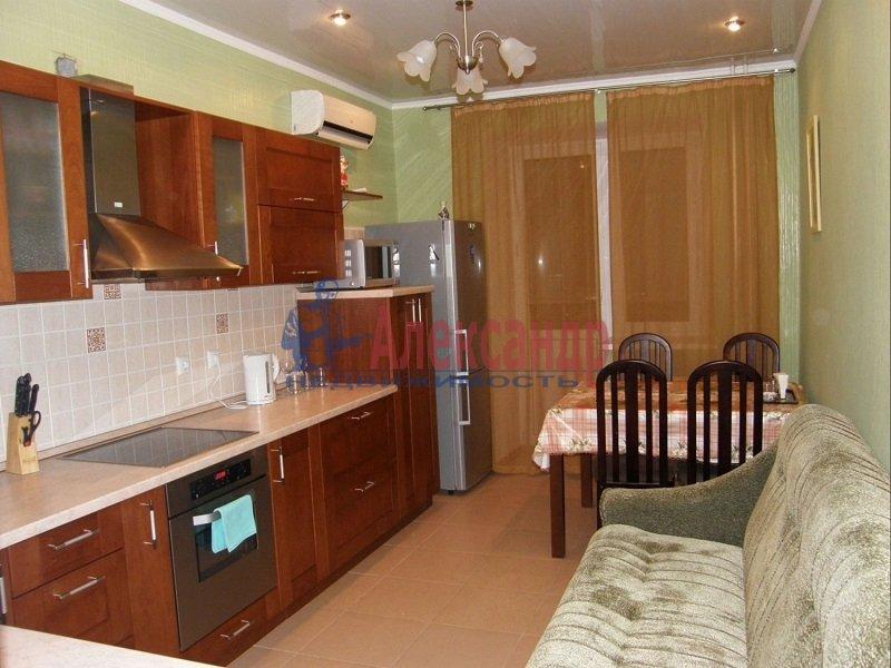 2-комнатная квартира (42м2) в аренду по адресу Мурино пос., Шувалова ул., 4— фото 1 из 3
