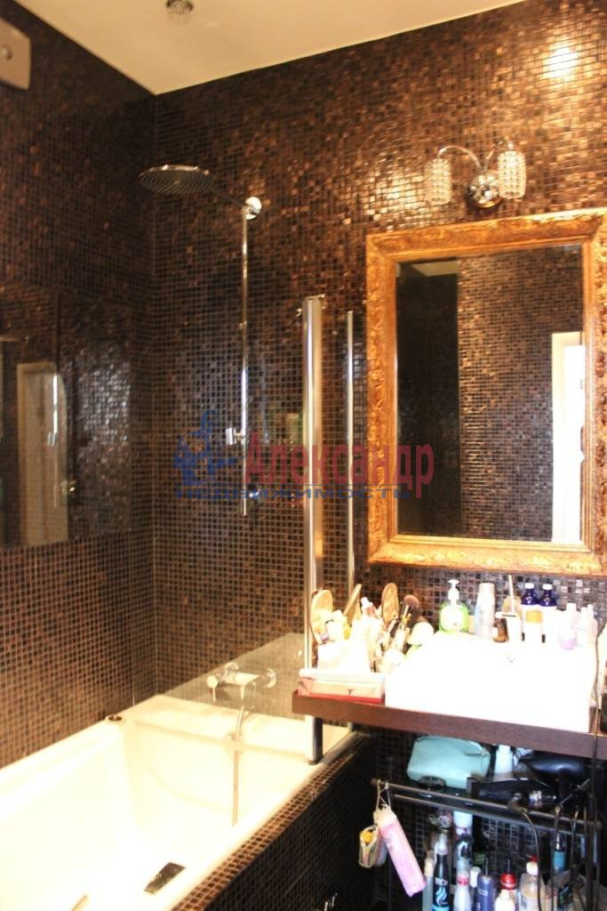 2-комнатная квартира (75м2) в аренду по адресу Ленина пл., 3— фото 8 из 9