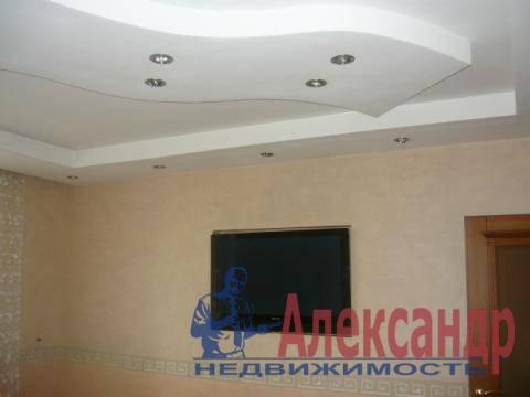 1-комнатная квартира (41м2) в аренду по адресу Учительская ул., 18— фото 2 из 8