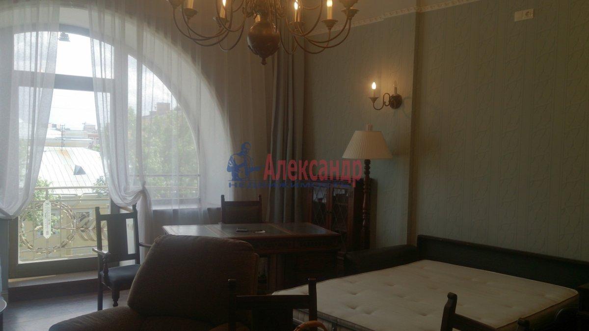 1-комнатная квартира (50м2) в аренду по адресу Загородный пр., 45— фото 2 из 8
