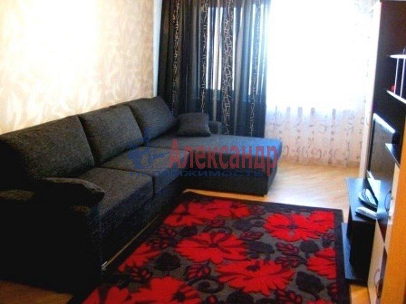 1-комнатная квартира (34м2) в аренду по адресу Димитрова ул., 10— фото 1 из 3