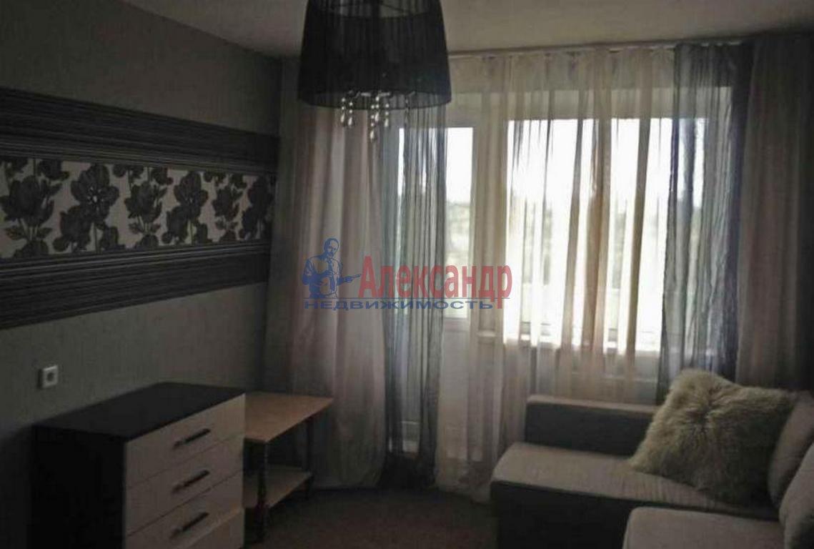 1-комнатная квартира (40м2) в аренду по адресу Богатырский пр., 3— фото 1 из 3