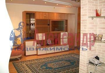 1-комнатная квартира (35м2) в аренду по адресу Просвещения пр., 99— фото 1 из 7