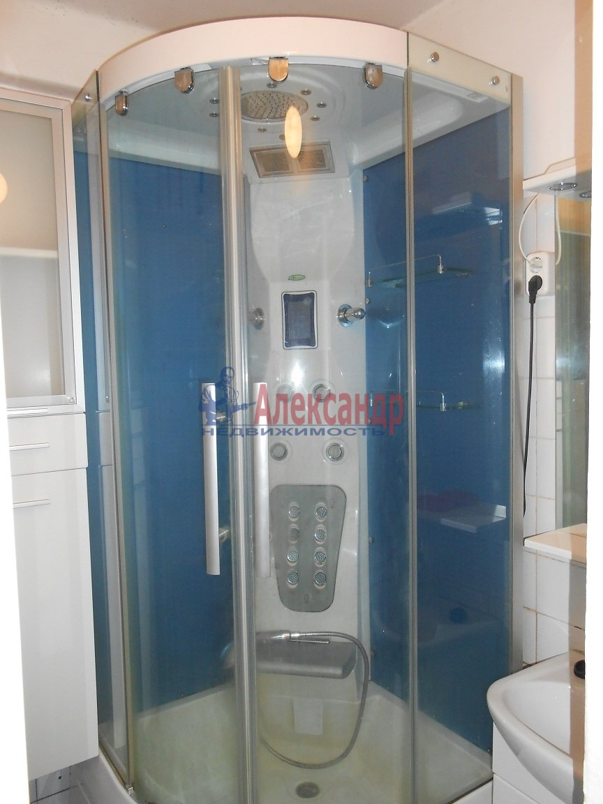 3-комнатная квартира (81м2) в аренду по адресу Гражданский пр., 33— фото 3 из 6