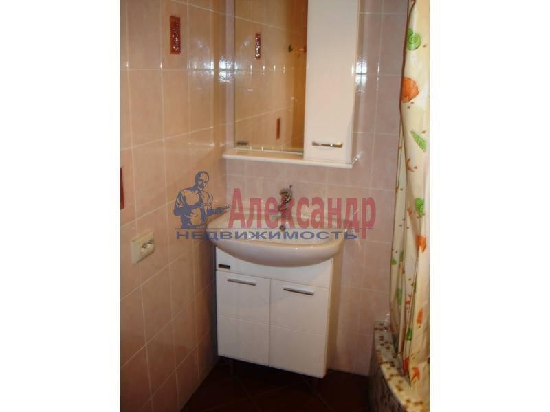 Комната в 2-комнатной квартире (62м2) в аренду по адресу Комендантский пр., 17— фото 3 из 4