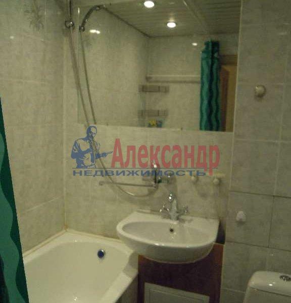 1-комнатная квартира (38м2) в аренду по адресу Испытателей пр., 26— фото 3 из 7