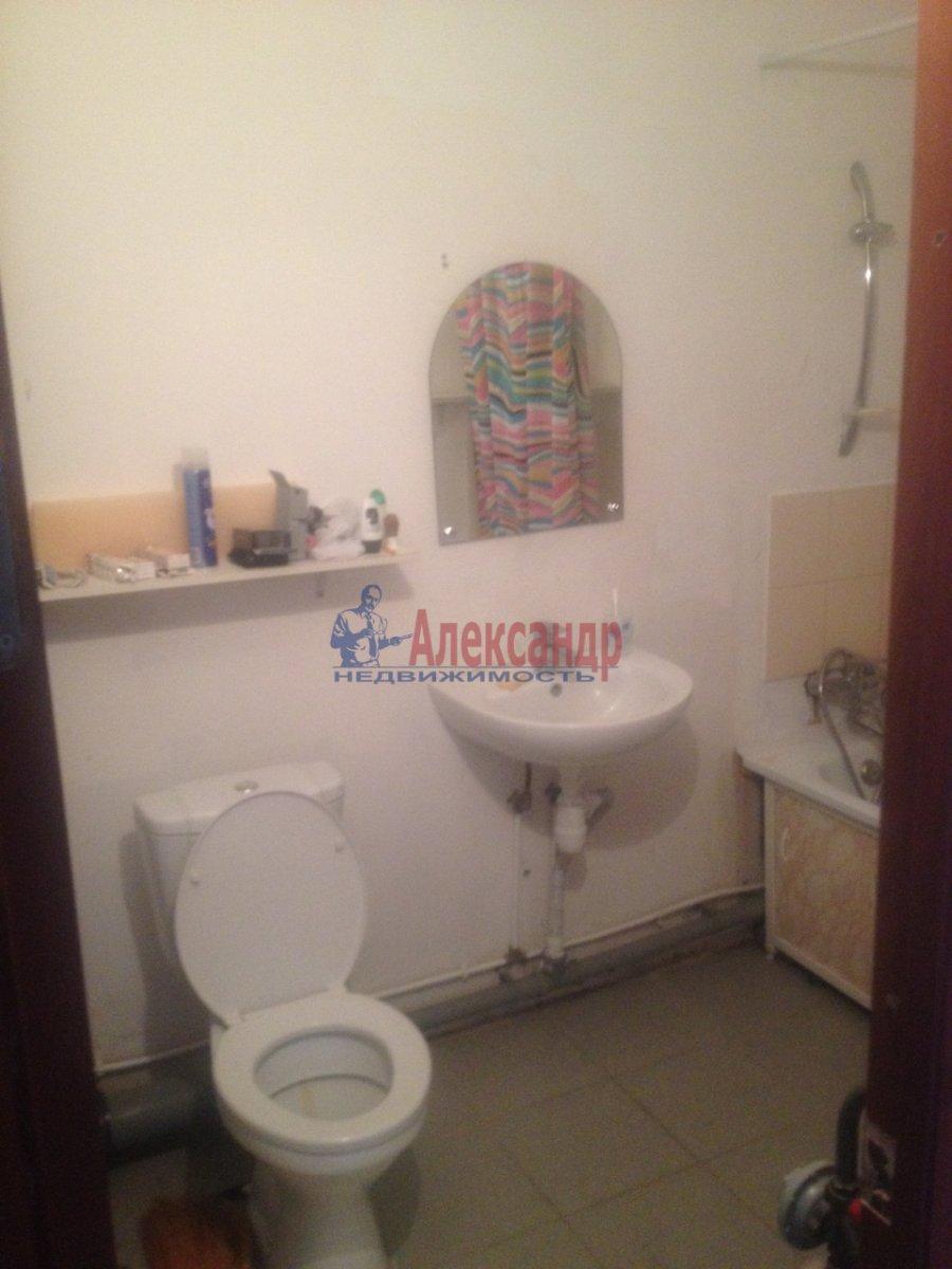 1-комнатная квартира (35м2) в аренду по адресу Ленинский пр., 93— фото 3 из 3