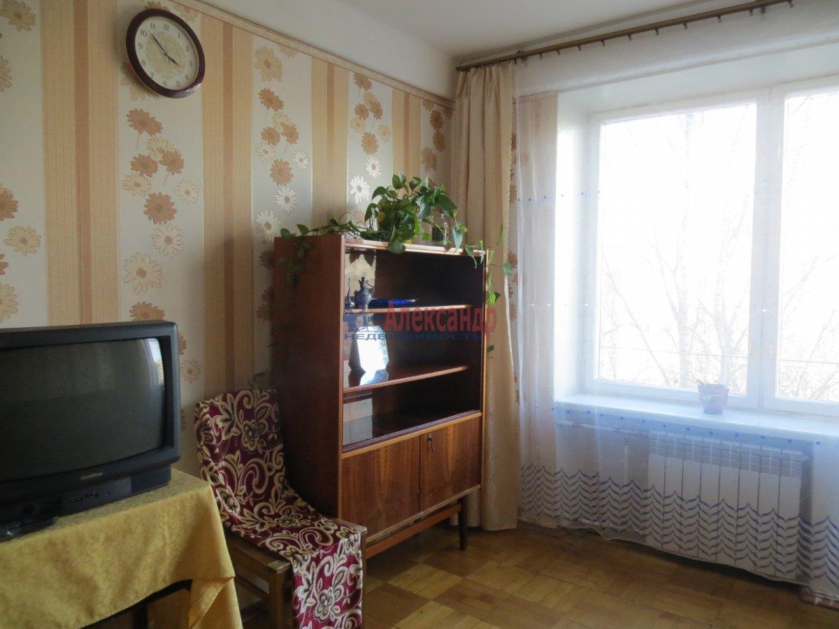 1-комнатная квартира (40м2) в аренду по адресу Орджоникидзе ул., 63— фото 3 из 5