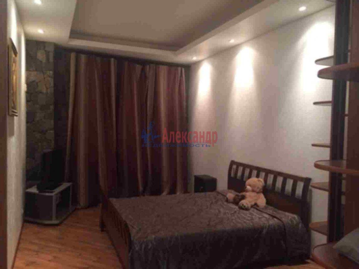 2-комнатная квартира (90м2) в аренду по адресу Петровский пр., 14— фото 11 из 11