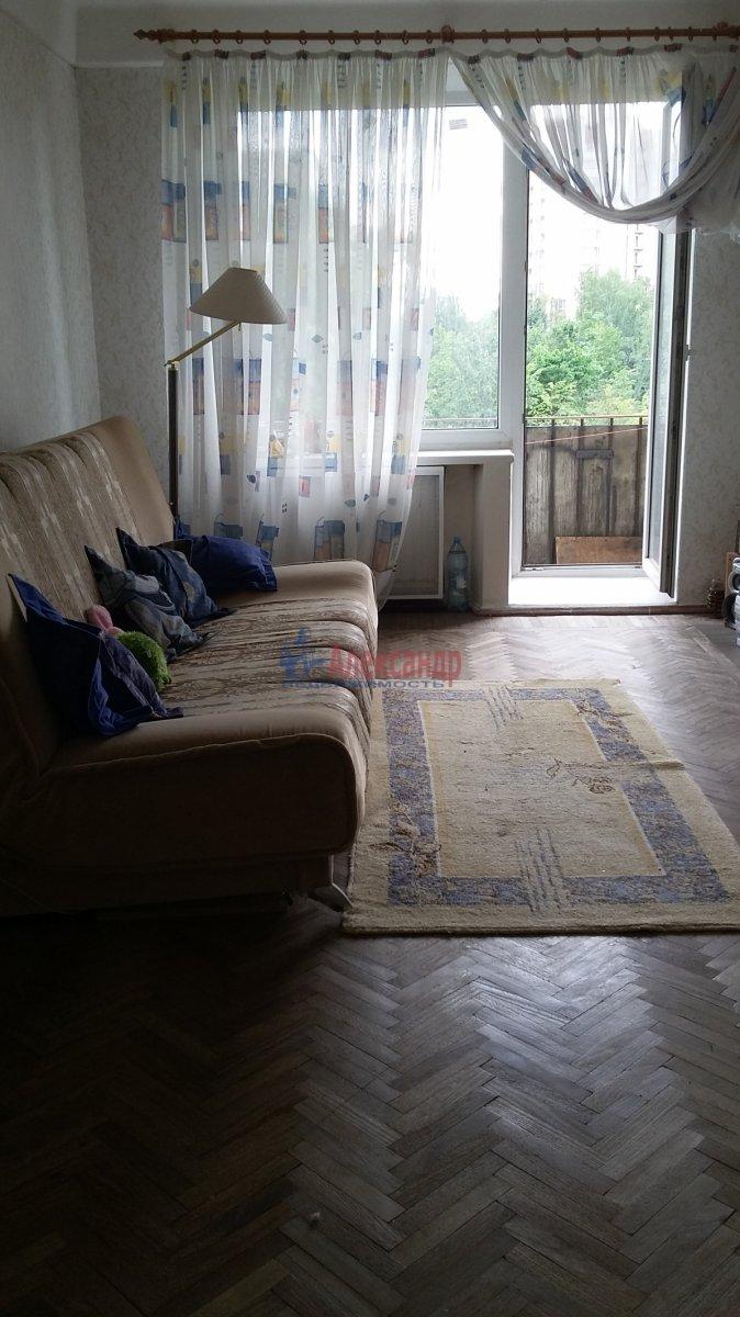 1-комнатная квартира (33м2) в аренду по адресу Науки пр., 40— фото 1 из 10