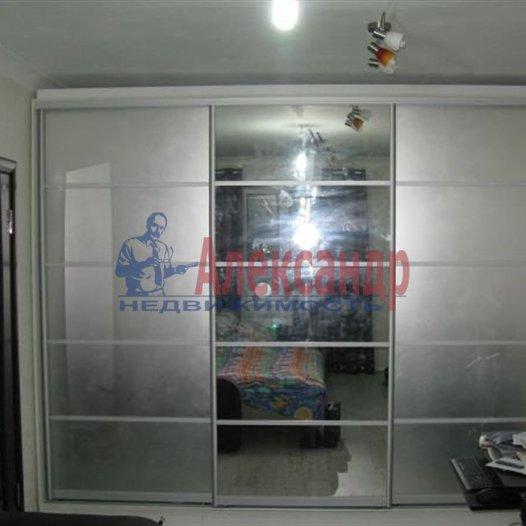 1-комнатная квартира (41м2) в аренду по адресу Латышских Стрелков ул., 15— фото 7 из 7