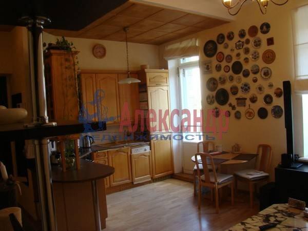 3-комнатная квартира (70м2) в аренду по адресу Московский просп., 192— фото 3 из 9