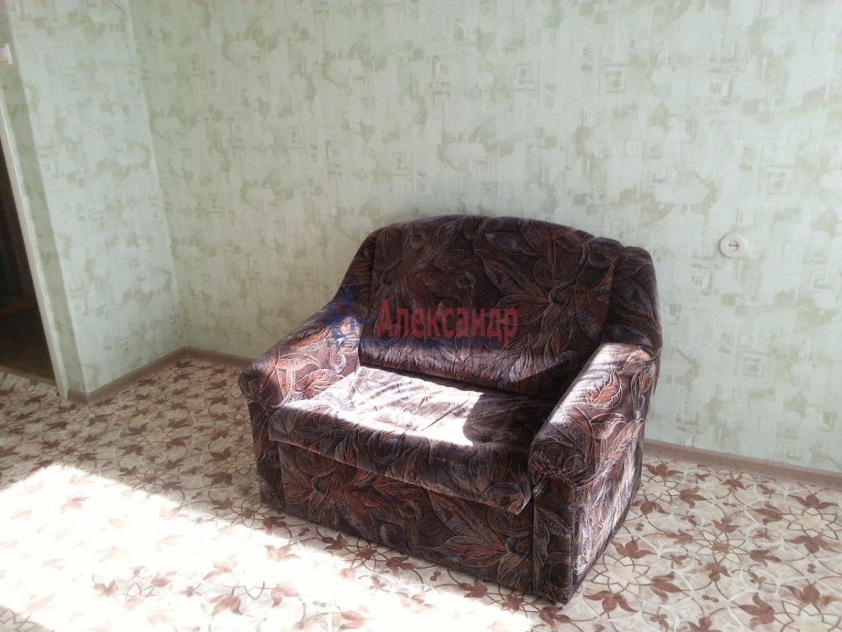 2-комнатная квартира (55м2) в аренду по адресу Энергетиков пр., 31— фото 2 из 3