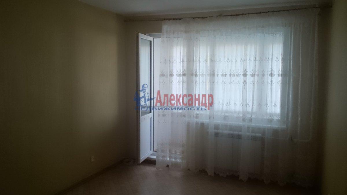 1-комнатная квартира (40м2) в аренду по адресу Стародеревенская ул., 6— фото 1 из 8