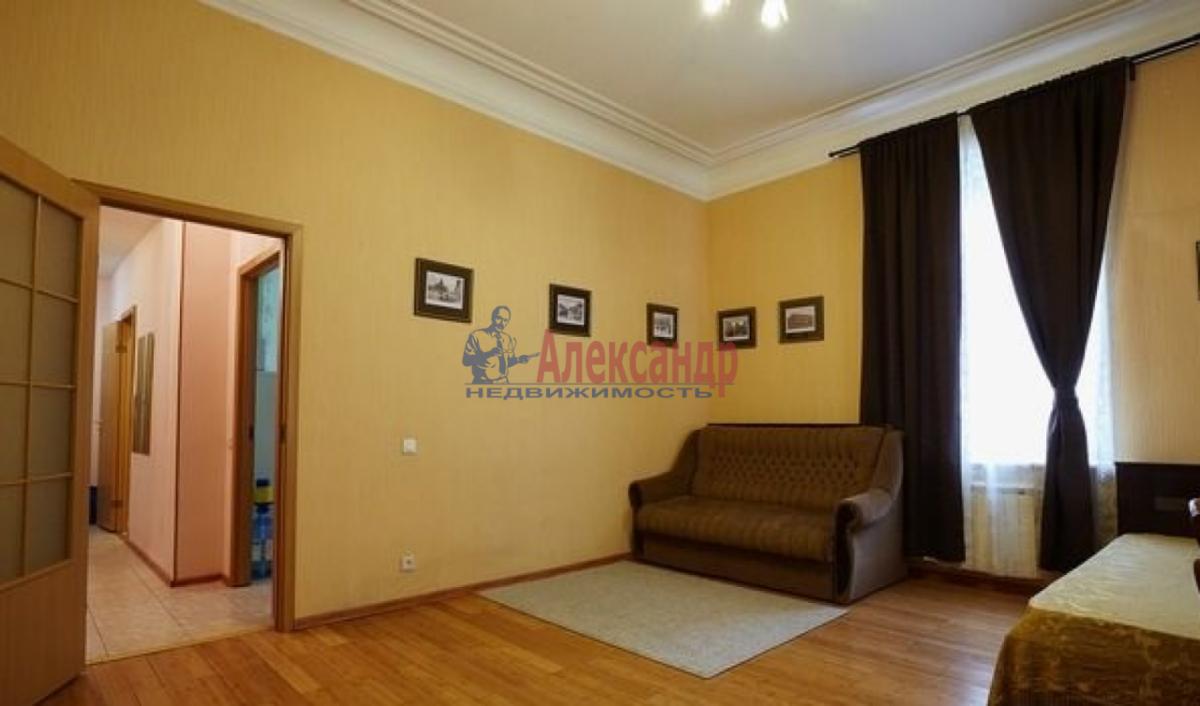 2-комнатная квартира (65м2) в аренду по адресу Канала Грибоедова наб., 2б— фото 4 из 9