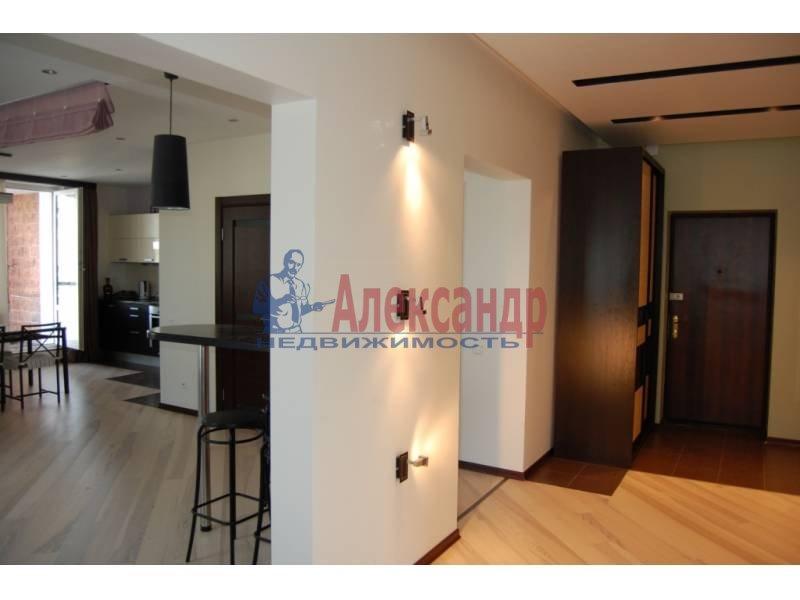 2-комнатная квартира (100м2) в аренду по адресу Кораблестроителей ул., 30— фото 1 из 14