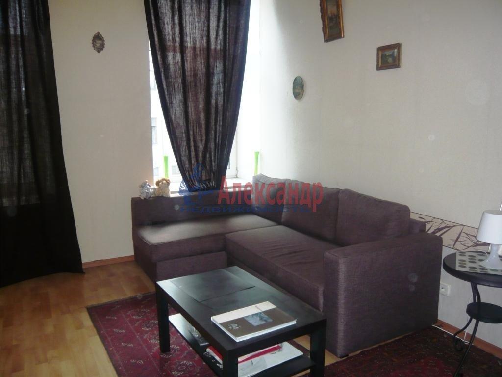 1-комнатная квартира (38м2) в аренду по адресу Мичуринская ул., 6— фото 4 из 10