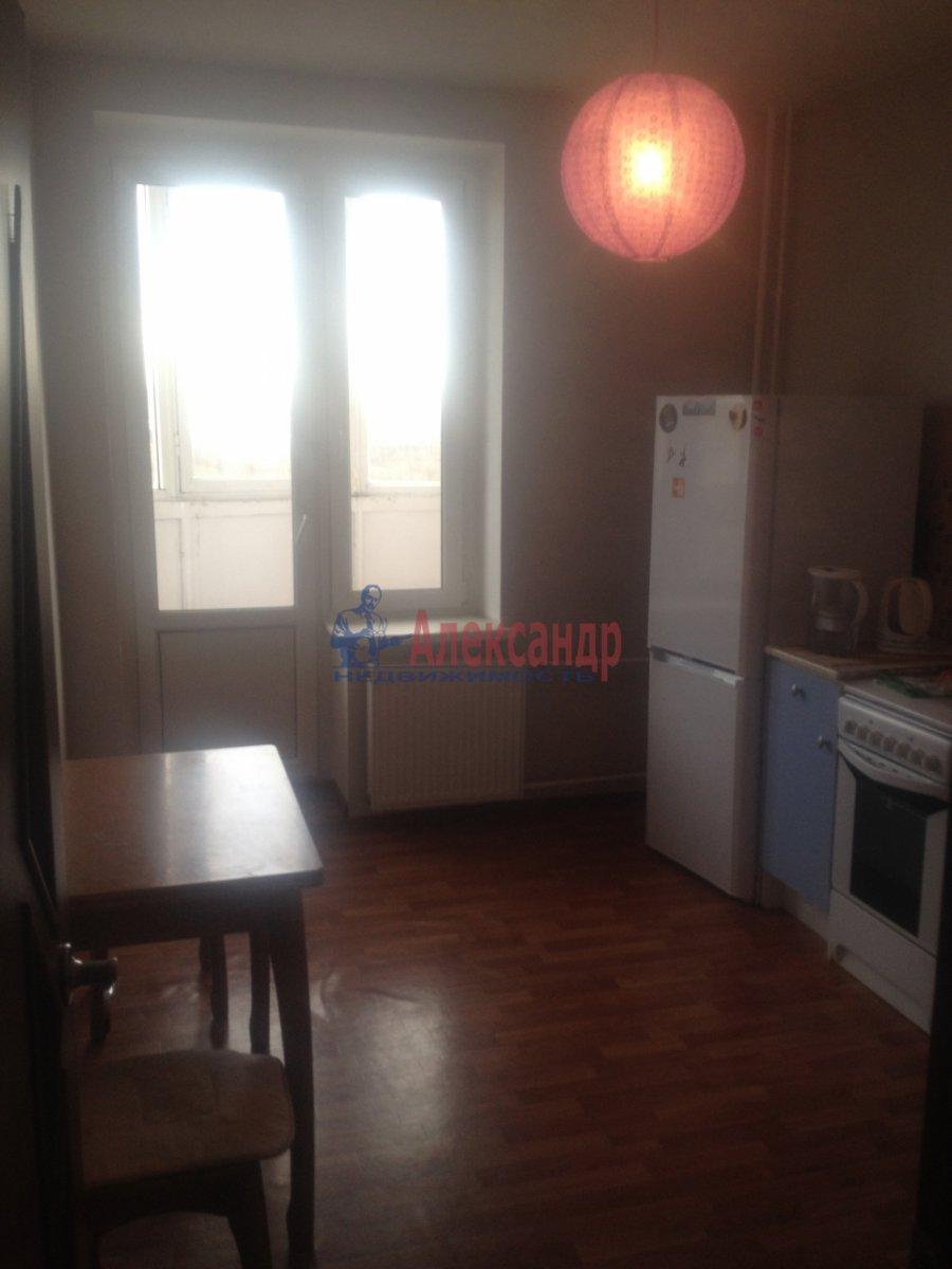 1-комнатная квартира (35м2) в аренду по адресу Ленинский пр., 93— фото 1 из 3
