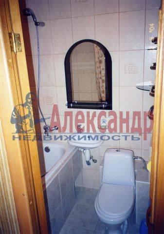2-комнатная квартира (70м2) в аренду по адресу Ординарная ул., 18— фото 2 из 3