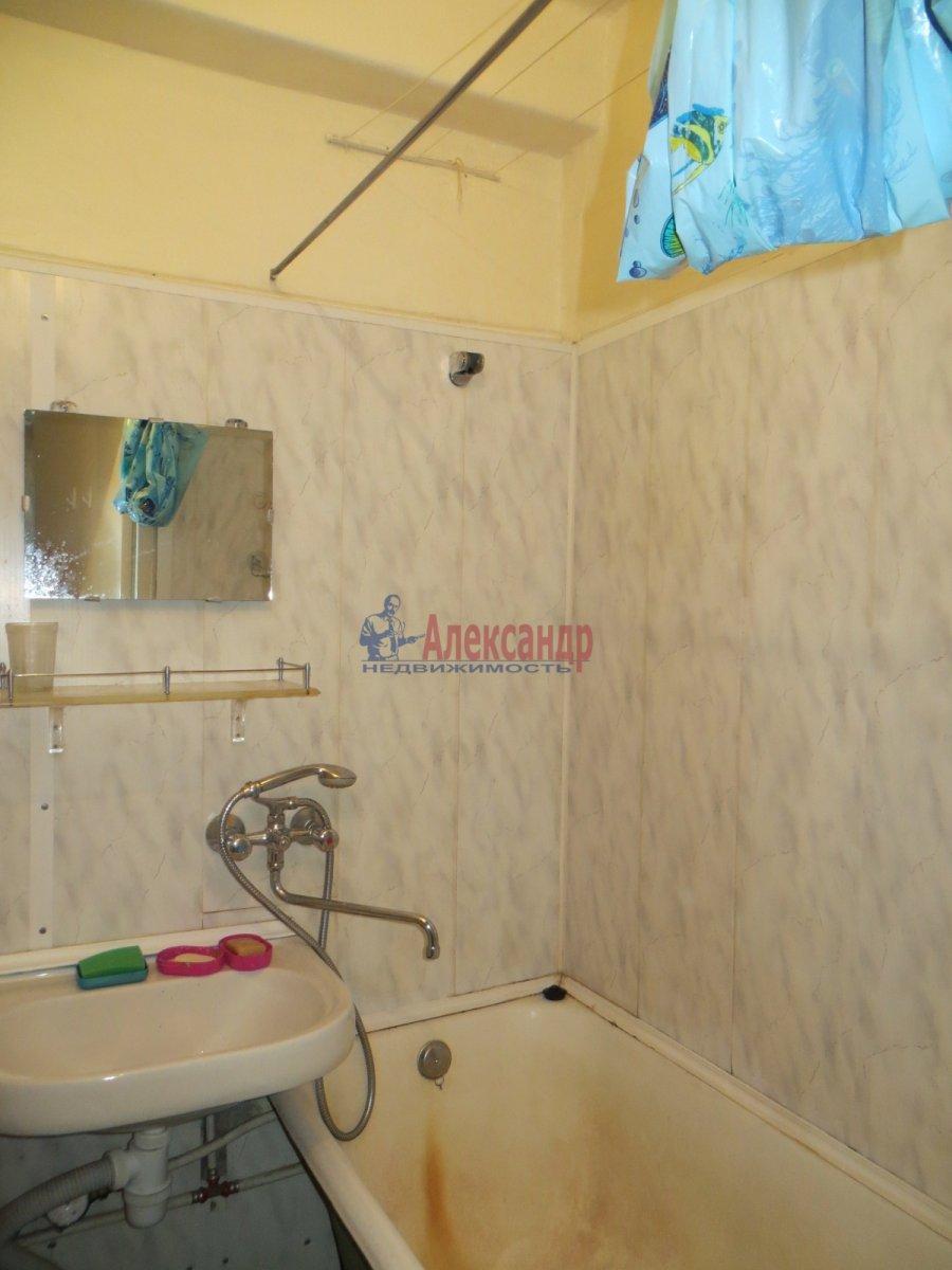 1-комнатная квартира (40м2) в аренду по адресу Орджоникидзе ул., 63— фото 4 из 5