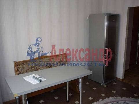 2-комнатная квартира (64м2) в аренду по адресу Тореза пр., 44— фото 3 из 8