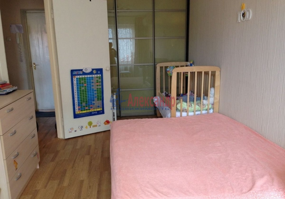 1-комнатная квартира (40м2) в аренду по адресу Парголово пос., Федора Абрамова ул., 15— фото 6 из 8