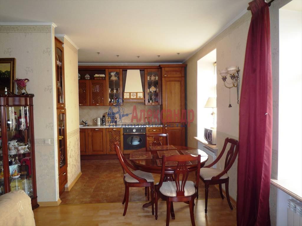 2-комнатная квартира (104м2) в аренду по адресу Всеволода Вишневского ул., 13— фото 1 из 4