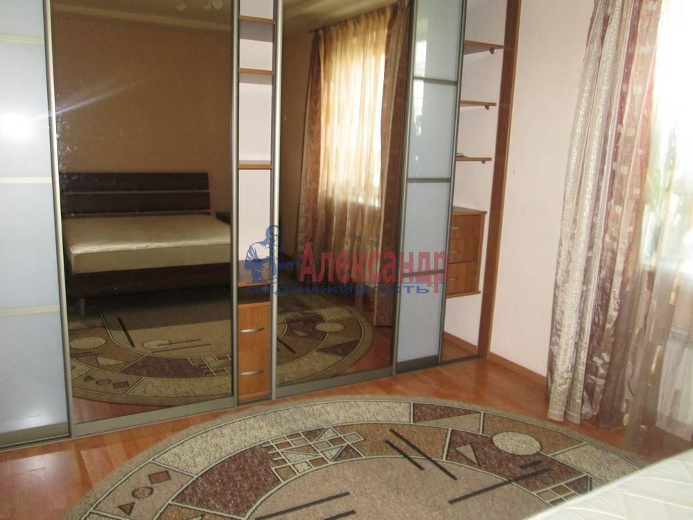 3-комнатная квартира (80м2) в аренду по адресу Непокоренных пр., 10— фото 2 из 7