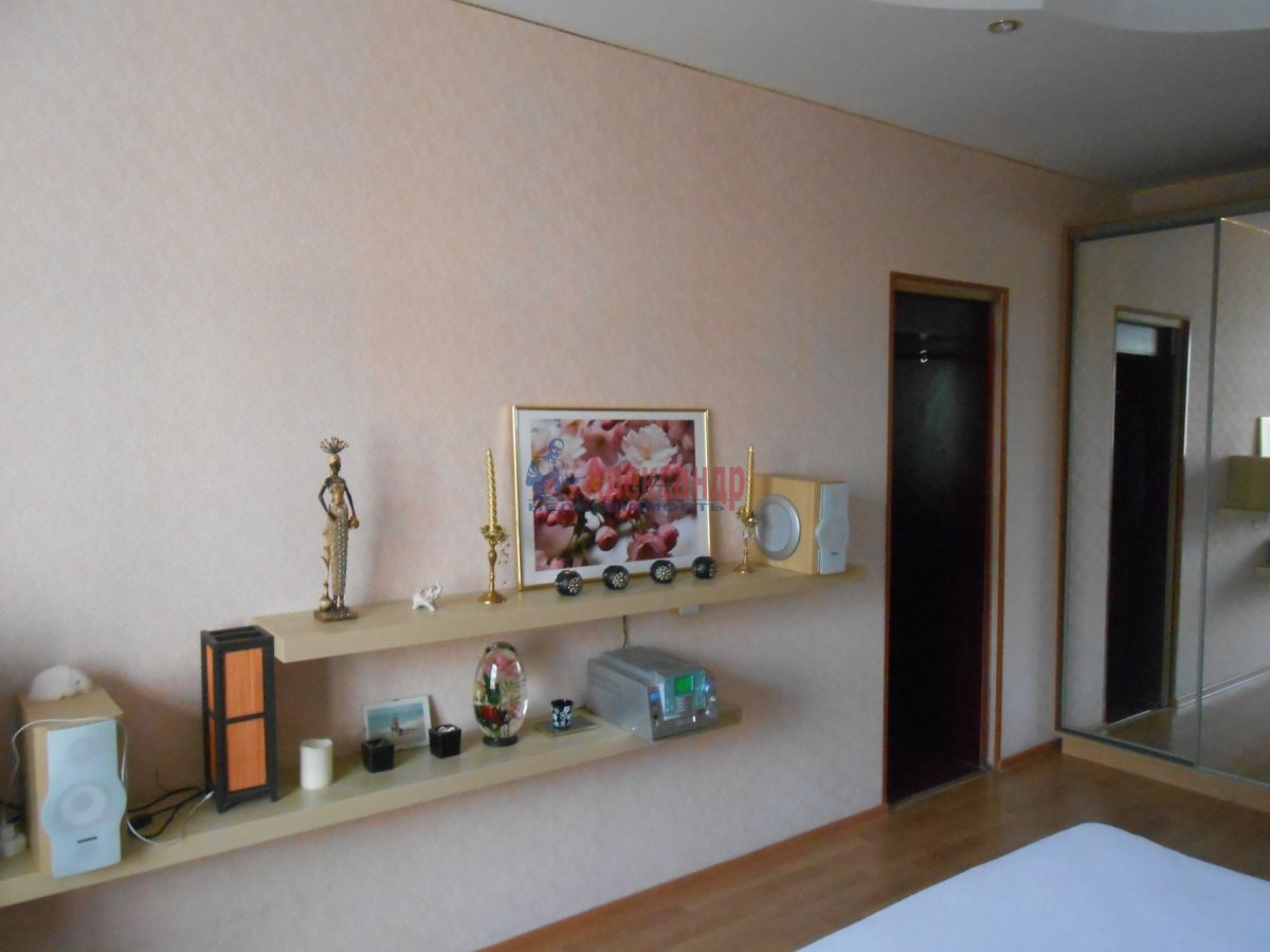 3-комнатная квартира (55м2) в аренду по адресу Боткинская ул., 15— фото 8 из 18