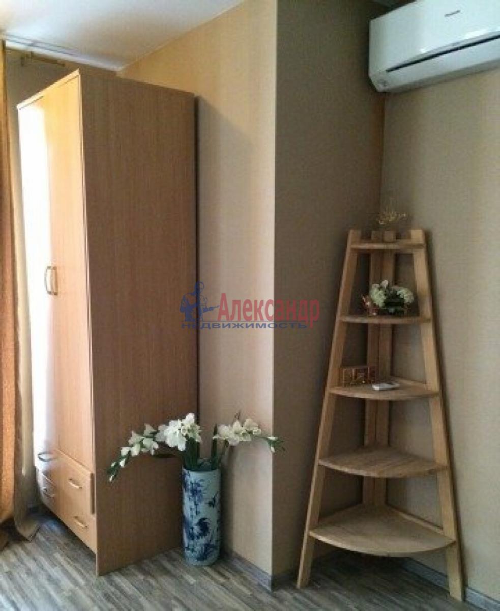 2-комнатная квартира (64м2) в аренду по адресу Купчинская ул., 13— фото 3 из 5