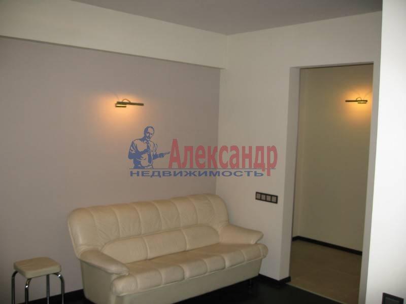 2-комнатная квартира (80м2) в аренду по адресу Бассейная ул., 73— фото 6 из 12