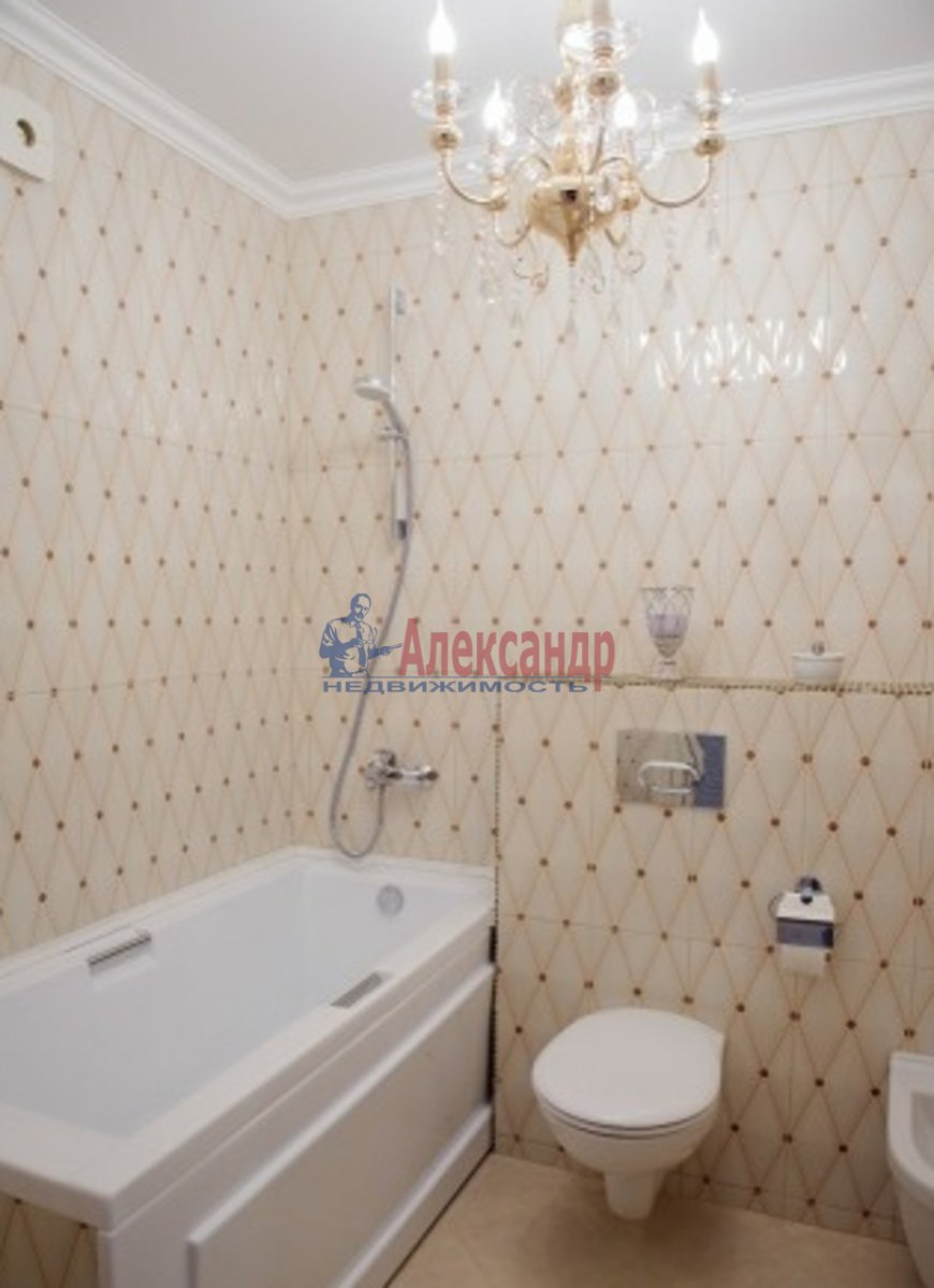2-комнатная квартира (78м2) в аренду по адресу Конногвардейский бул., 13— фото 5 из 5