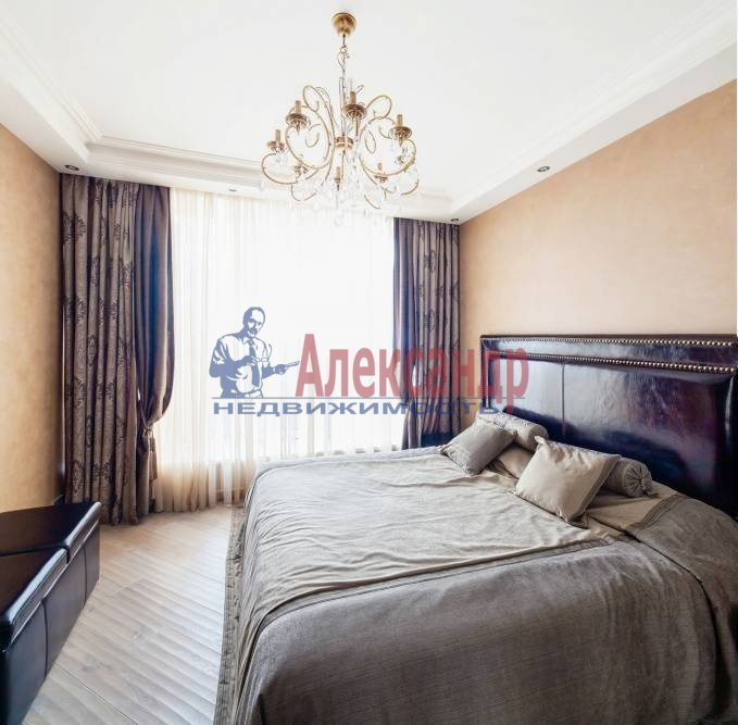 3-комнатная квартира (132м2) в аренду по адресу Канала Грибоедова наб., 68— фото 2 из 4