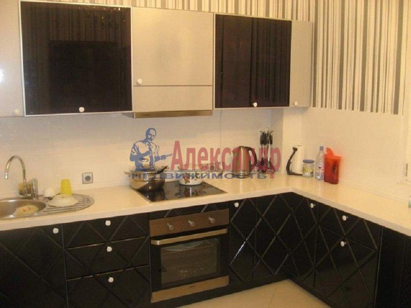 1-комнатная квартира (41м2) в аренду по адресу Кустодиева ул., 24— фото 1 из 6