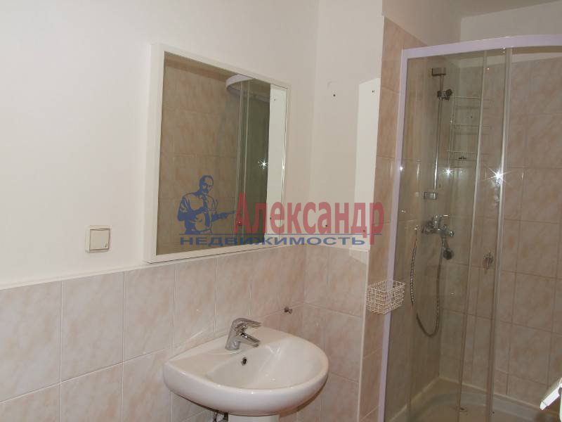 4-комнатная квартира (150м2) в аренду по адресу Морская наб.— фото 4 из 4