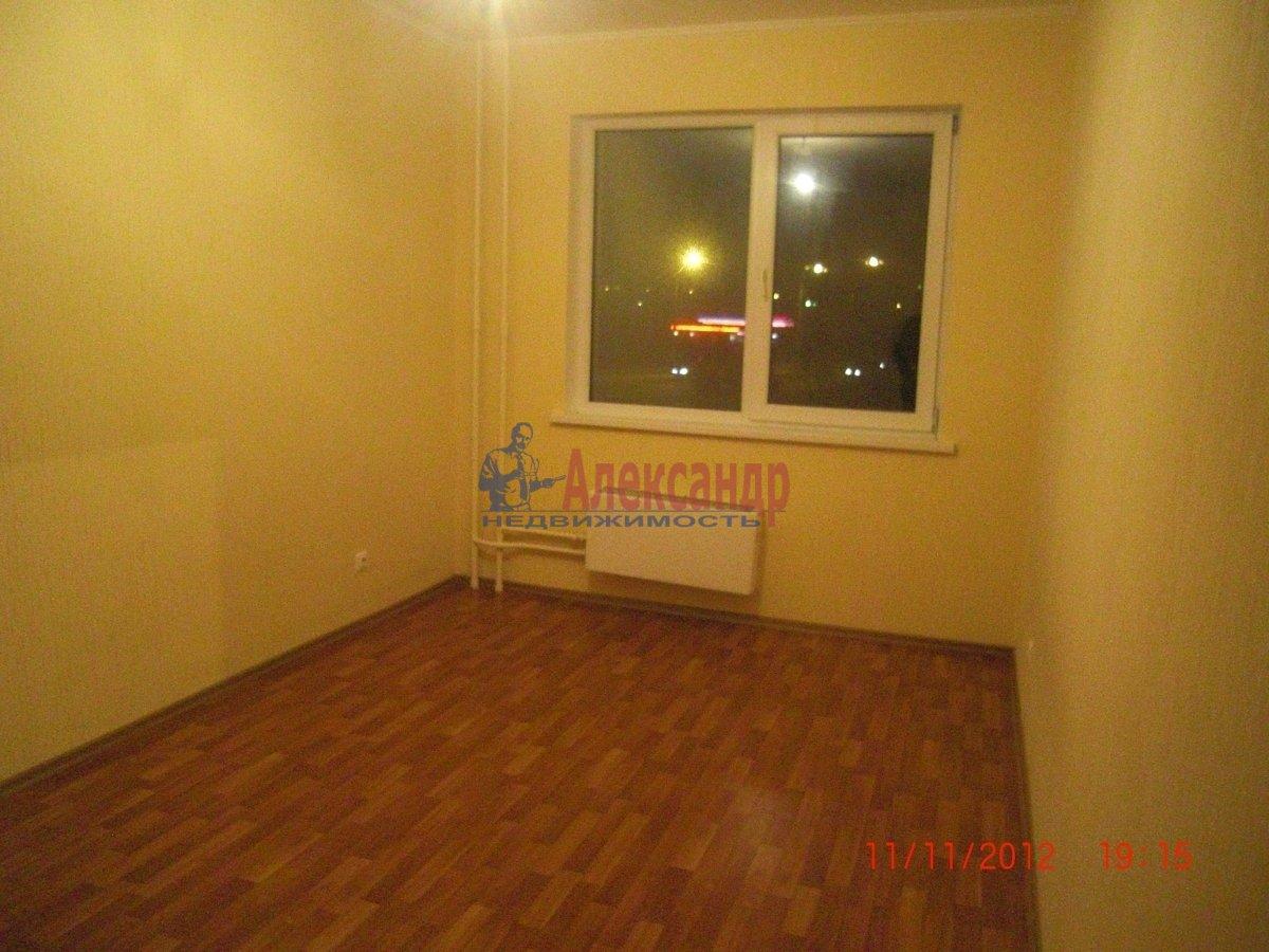 2-комнатная квартира (69м2) в аренду по адресу Стародеревенская ул., 19— фото 4 из 6