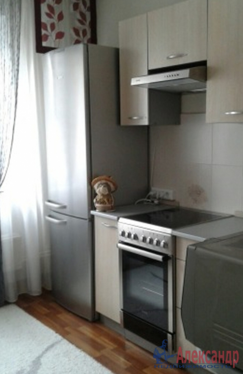 2-комнатная квартира (58м2) в аренду по адресу Красуцкого ул., 3— фото 3 из 3