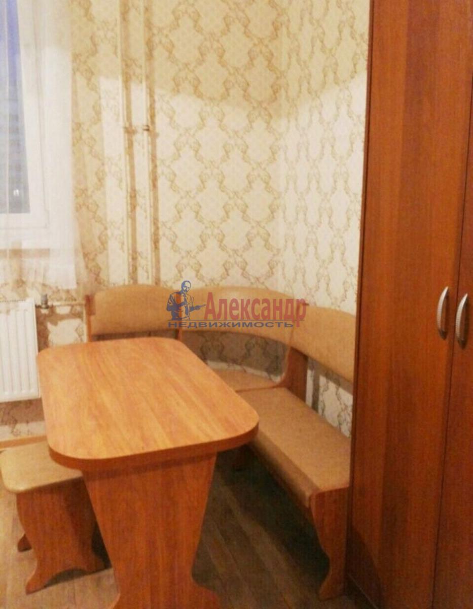 1-комнатная квартира (38м2) в аренду по адресу Ленинский пр., 111— фото 1 из 7
