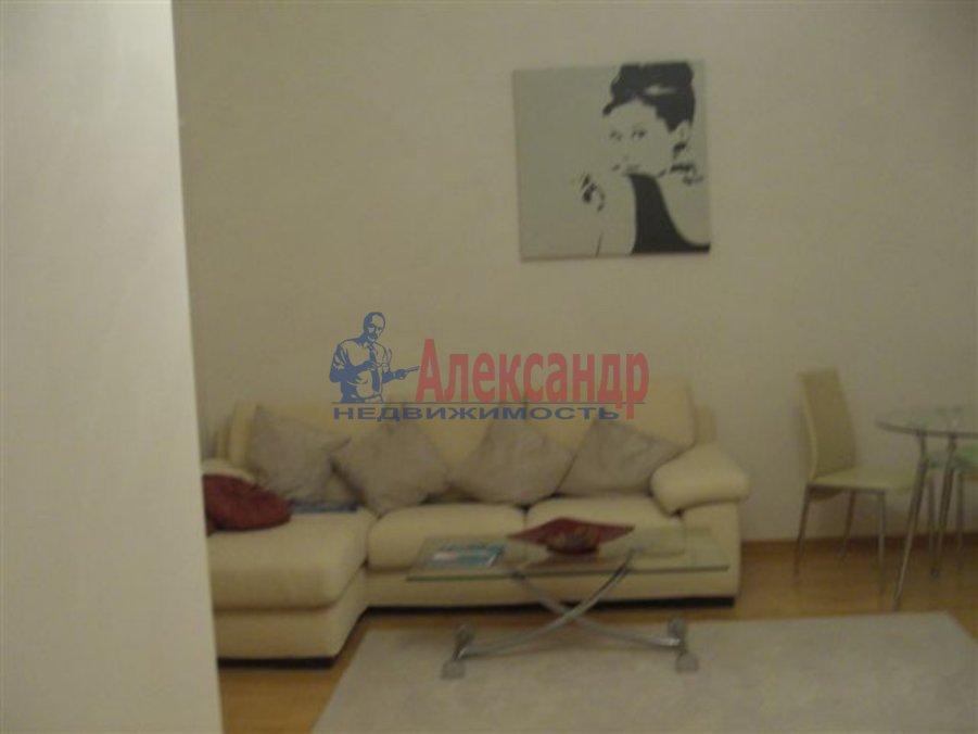 1-комнатная квартира (35м2) в аренду по адресу Волковский пр., 136— фото 2 из 5