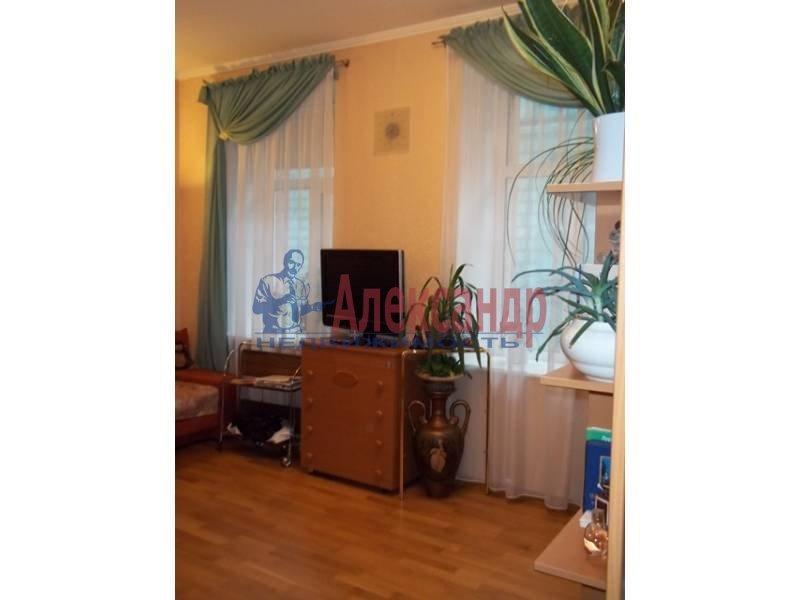 Комната в 3-комнатной квартире (80м2) в аренду по адресу Плуталова ул., 13— фото 2 из 3
