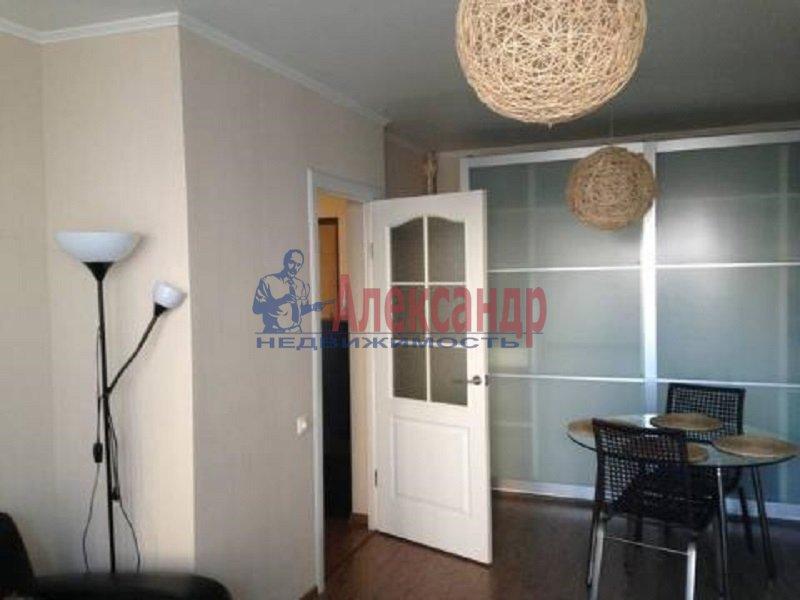 1-комнатная квартира (41м2) в аренду по адресу Кустодиева ул., 24— фото 3 из 6