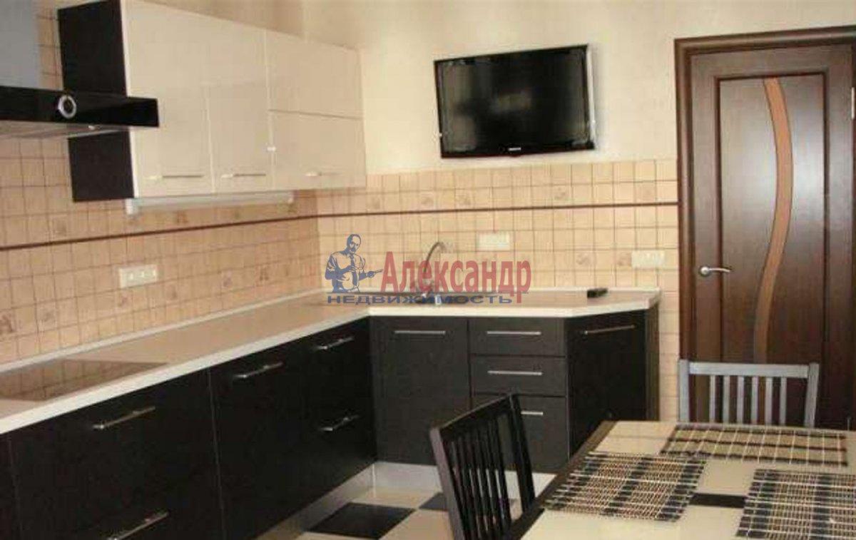 2-комнатная квартира (60м2) в аренду по адресу Обуховской Обороны пр., 110— фото 3 из 3