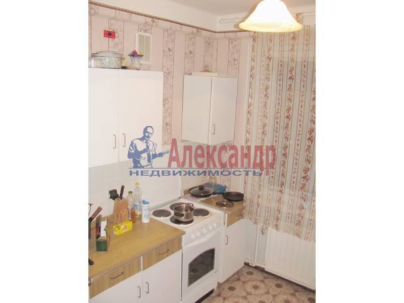 1-комнатная квартира (35м2) в аренду по адресу Тихорецкий пр., 9— фото 1 из 2