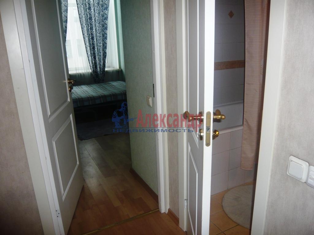 1-комнатная квартира (38м2) в аренду по адресу Мичуринская ул., 6— фото 6 из 10
